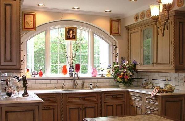 роскошное-окно-на-кухне1