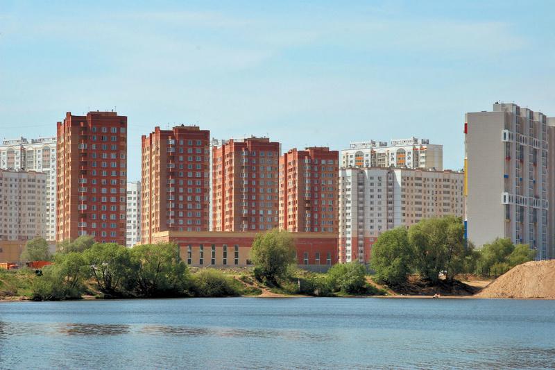 либо недвижимость в ипотеку в московской области приставшей